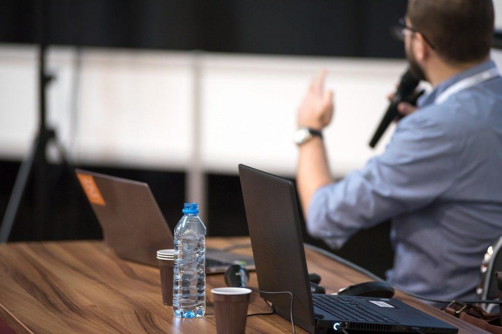 systeme de micro conference